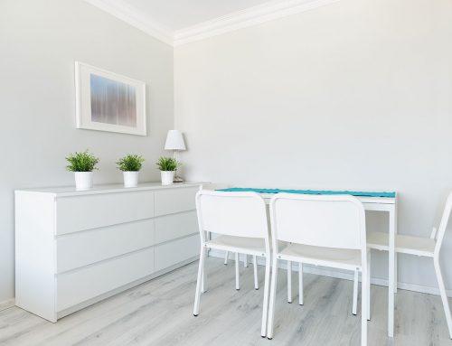 Biała farba do ścian. Malowanie krok po kroku